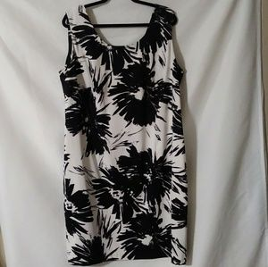 Connected Woman Dress size 20